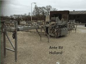 Shelve scrubbing machine