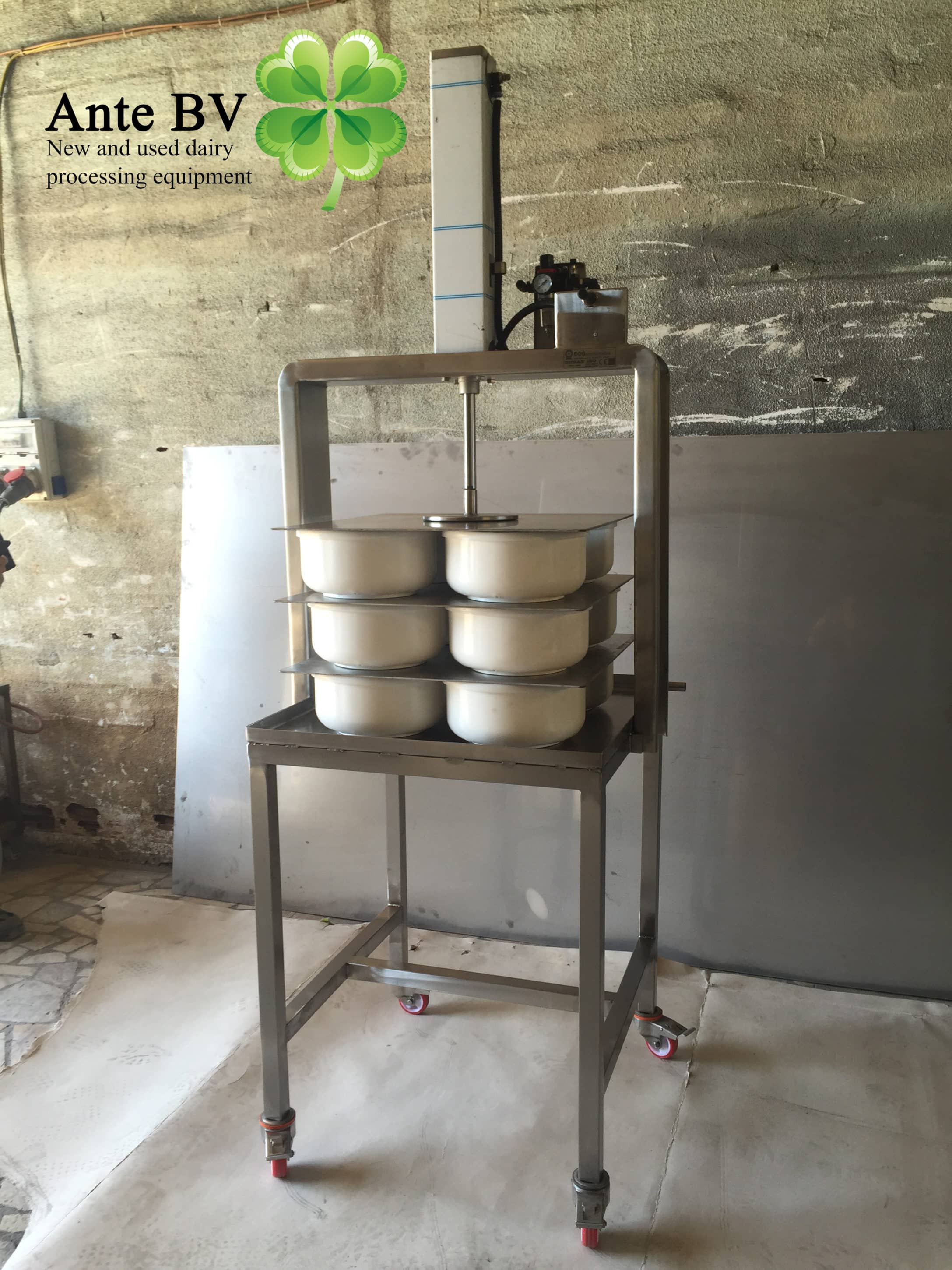 Cheese press NEW